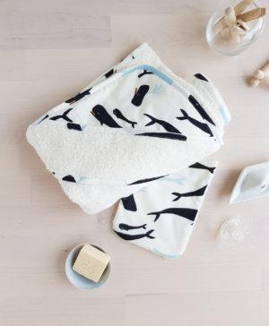 cape de bain sortie gant toilette bebe naissance lyon cadeau accessoire enfant linge bapteme