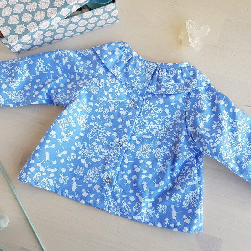 blouse bebe fille vetement bleu col volant cadeau naissance lyon bapteme