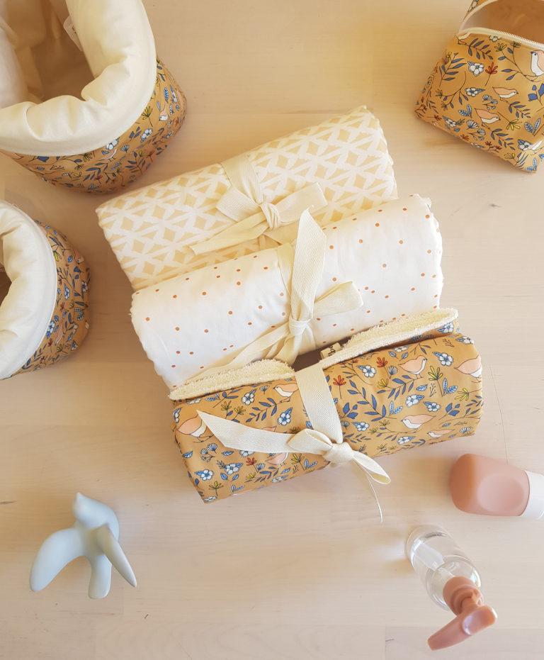 cadeau naissance tapis langer unisexe beige blanc createur
