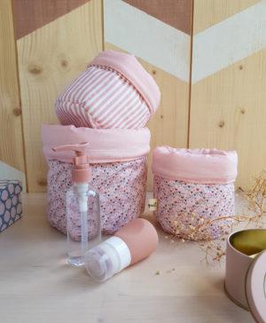 cadeau naissance bebe fille rose fleurs lyon france bilboquet