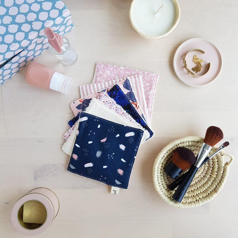 lingette grande bleu rose carre coton eponge semainier cadeau createur original bilboquet francais