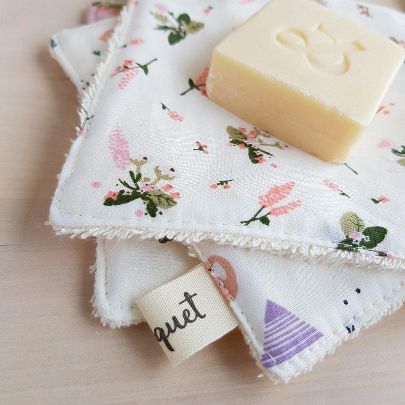 coton lavable fleur bilboquet createur accessoire toilettes bebe naissance grossesse