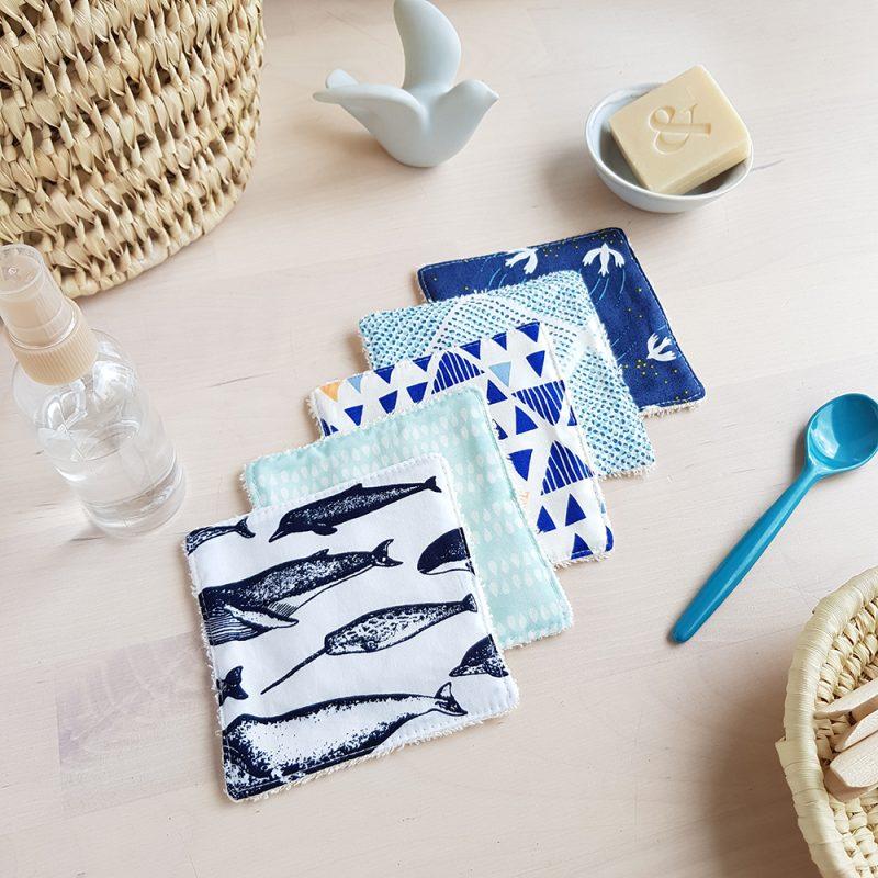 lot coton lavable carre bleu baleine narval cadeau enfant debarbouillette