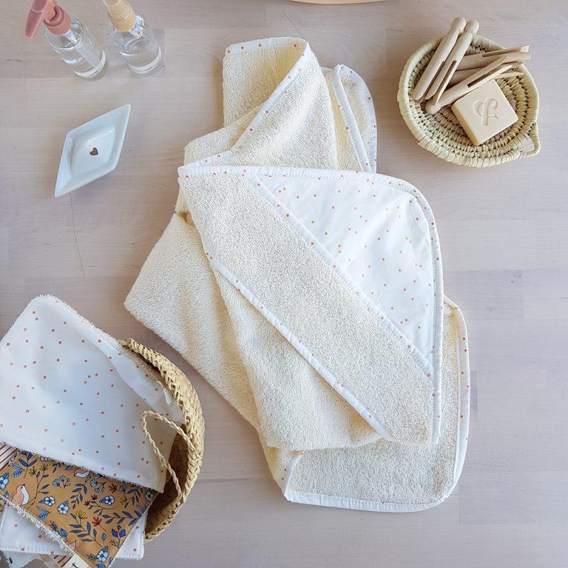 cape bain bebe blanc sortie blanche serviette toilette gant bapteme or createur france francais