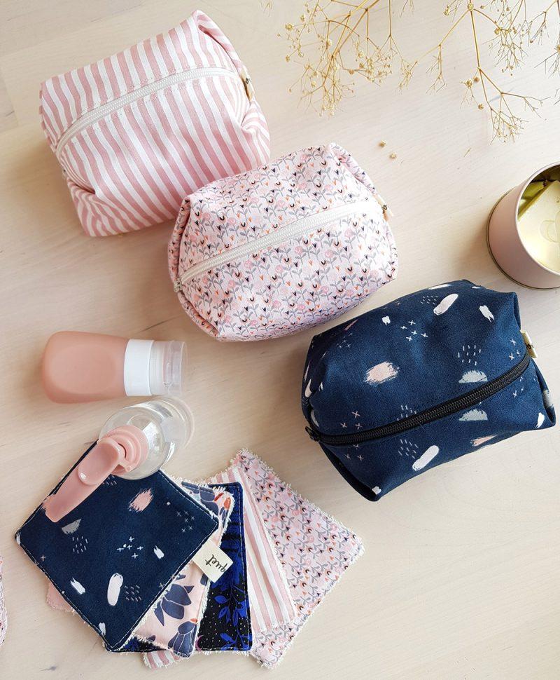 petites trousse toilette accessoire bebe naissance cadeau liste rose rayure createur lyon bilboquet france bleu