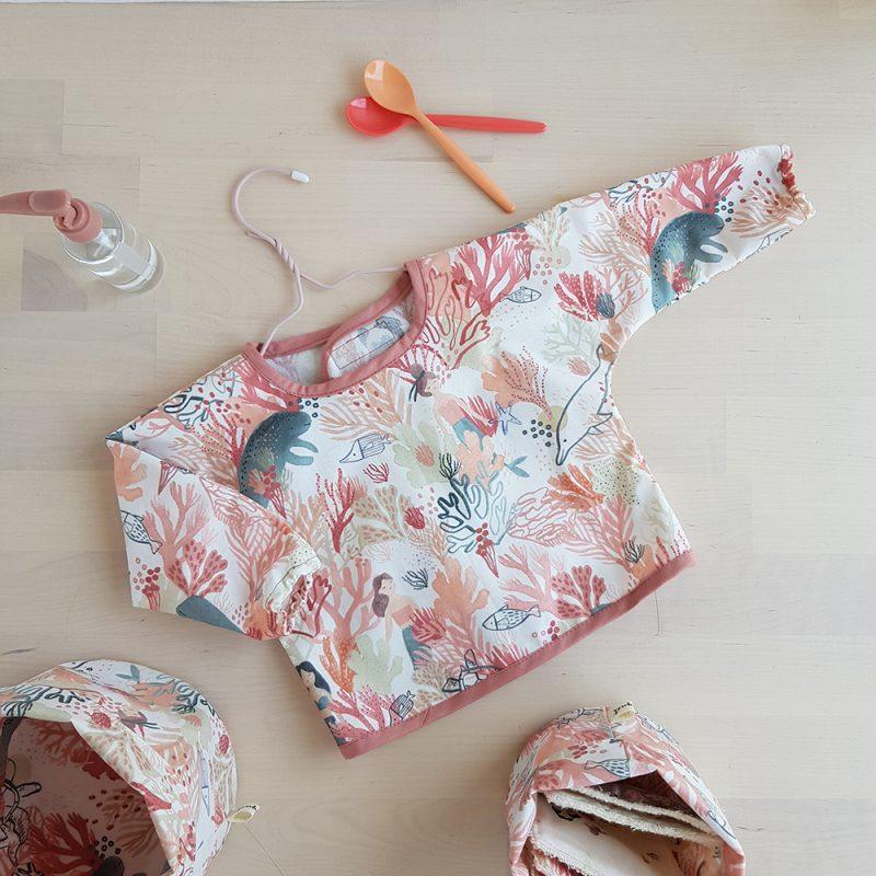 bavoir bebe fille plastique manche longue rose sirene repas