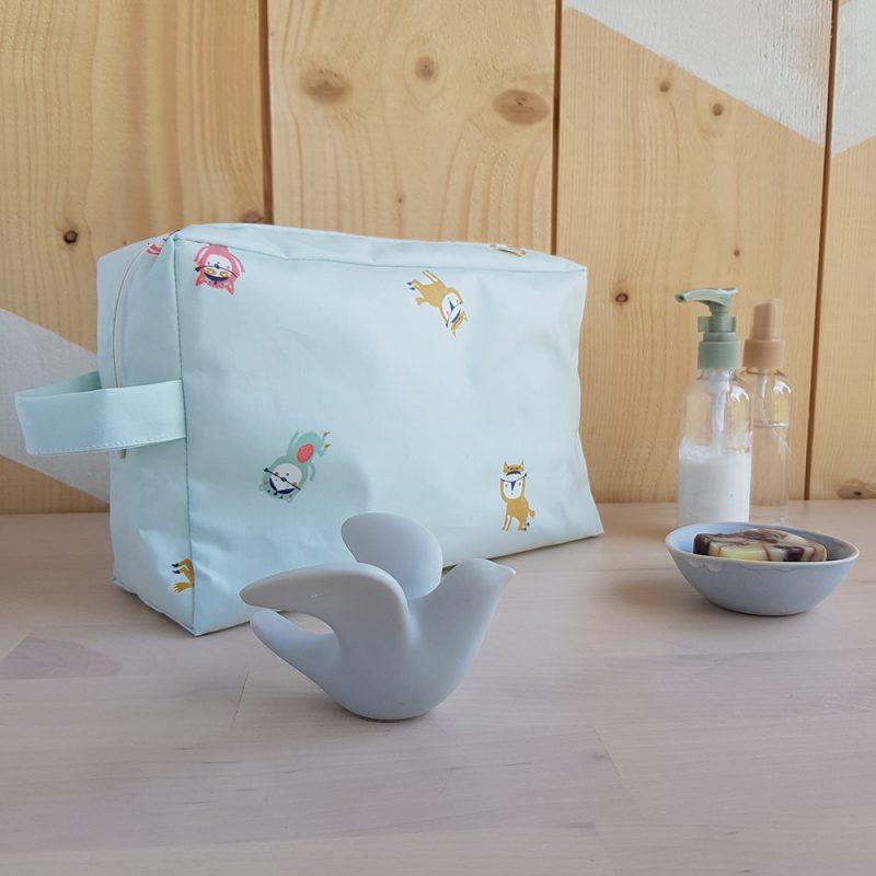 trousse toilette lavable createur impermeable lingette zero dechet savon