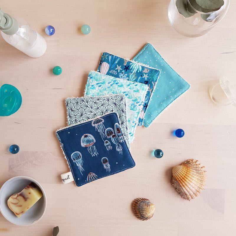 lingette lavables bleu meduse mer marin cadeau garcon fille poulpe turquoise debarbouillette enfant lyon createur bilboquet kids
