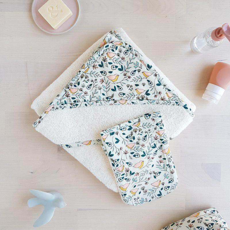 cape naissance bebe cadeau sortie bain serviette toilette drap made france bilboquet oiseau beige lyon