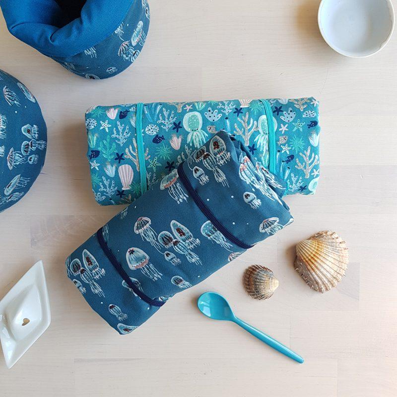tapis langer bebe cadeau naissance coffret box personnalise liste grossesse maternite valise garcon bleu fille made france lyon createur bilboquet