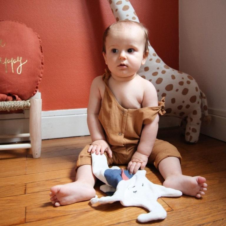 salopette bebe coton oekotex lyon bilboquet garcon unisexe fille vetement boutique createur ocre camel marron reglable bebe enfant